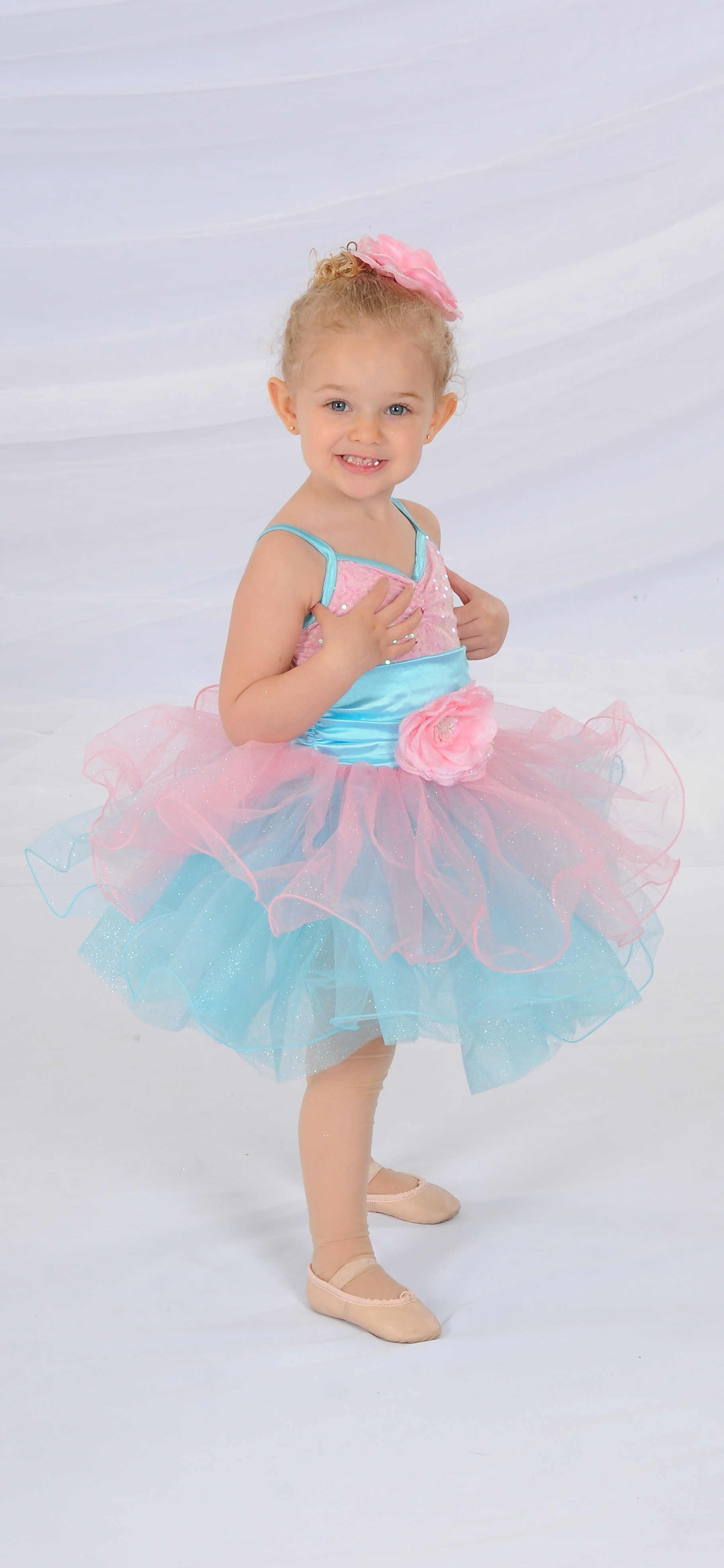 7498c0082902 The Straub Dance Center Young Dancer Program offers classes for children  ages two to six. Parents and family members will be able to watch every  adorable ...